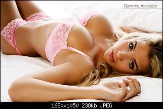 Нажмите на изображение для увеличения Название: Wallpaper_Girl_2009_009.jpg Просмотров: 14 Размер:237.9 Кб ID:68161
