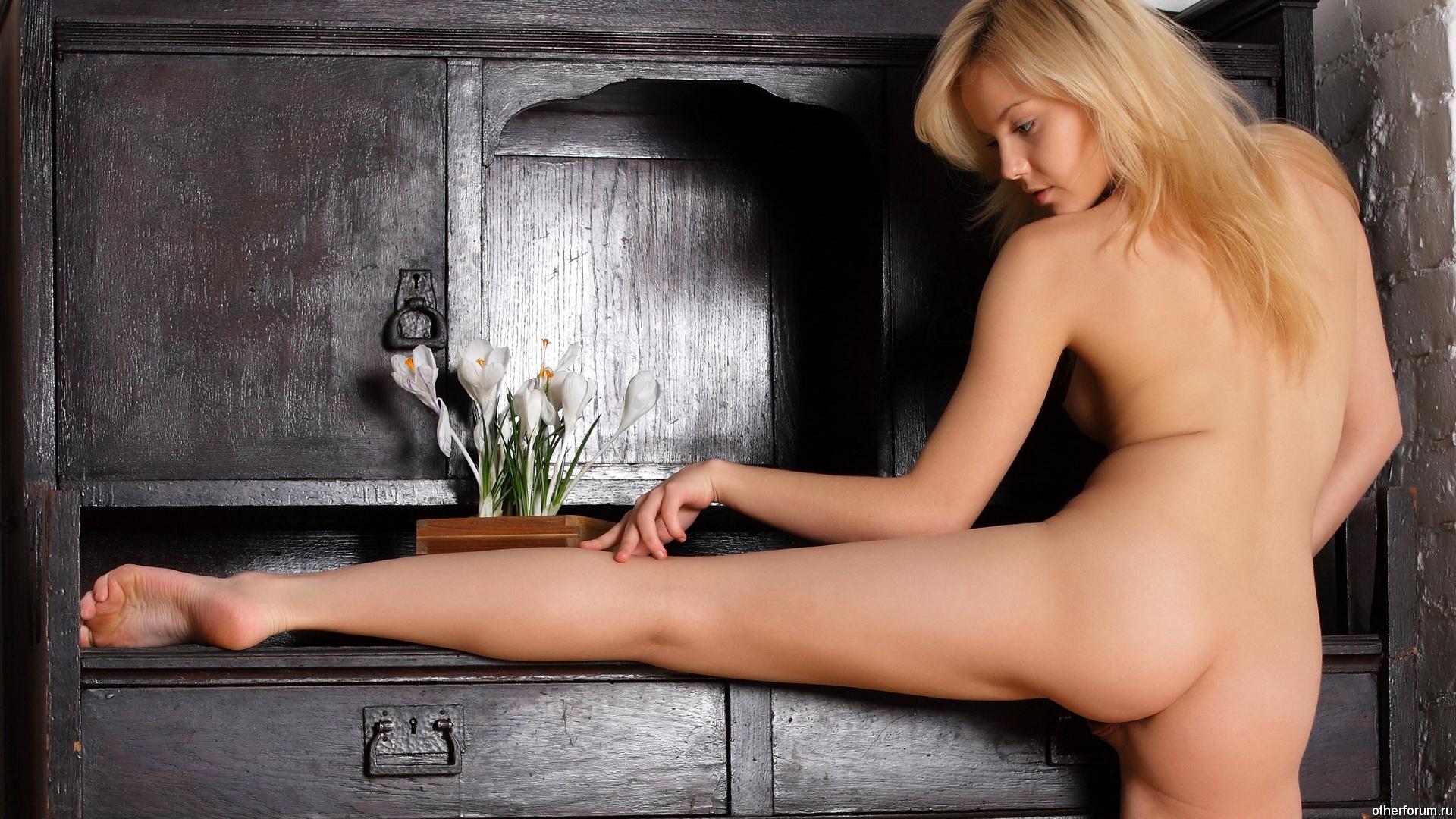 голые девушки видео тв качество что печень нас