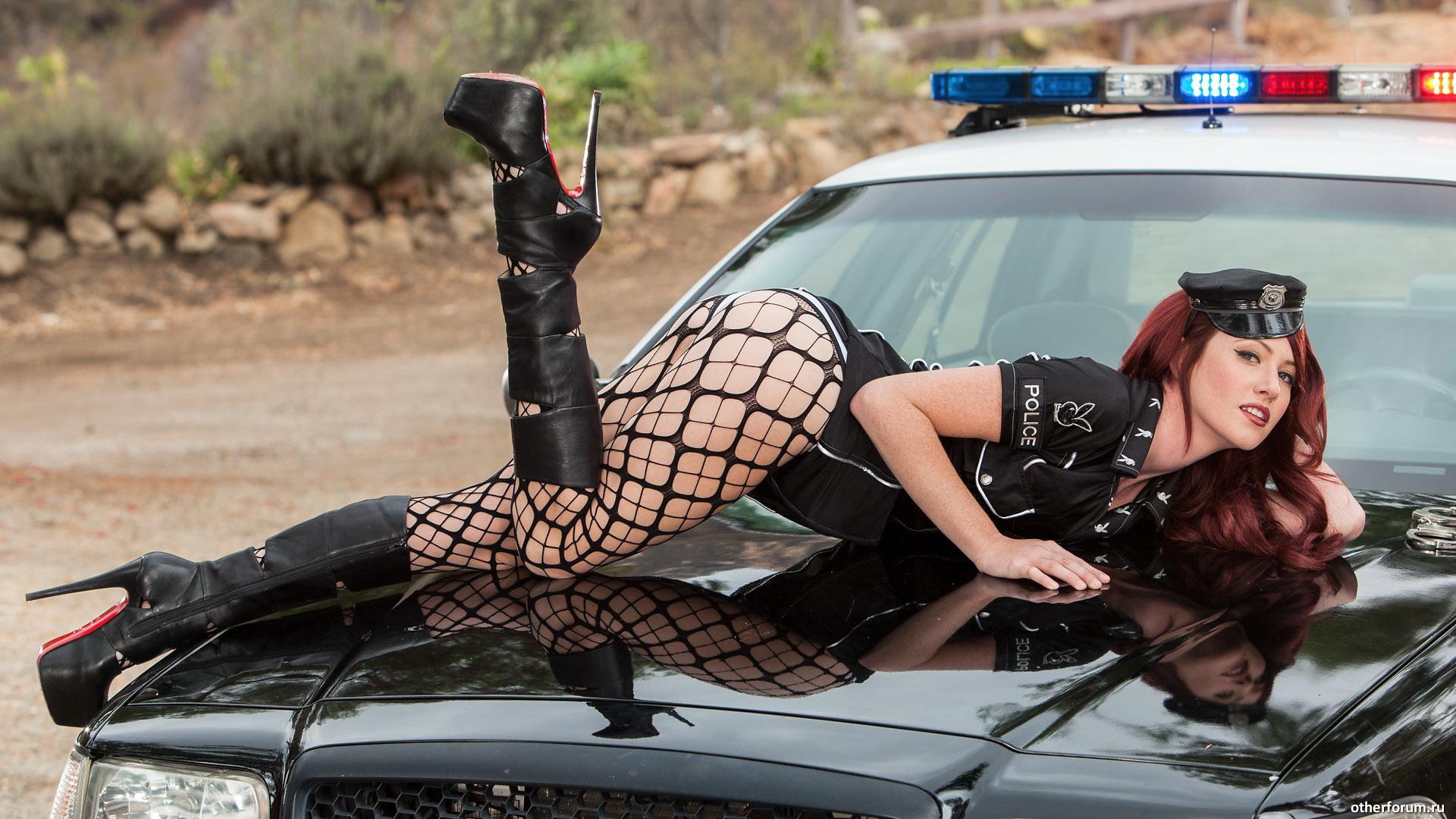 эротика фото полиция новыми людьми